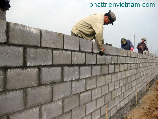 Gạch block xây tường rào